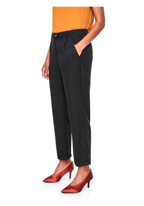 VMGILLY AGNES ANCLE PAN VERO MODA | Trousers | 10199323BLACK