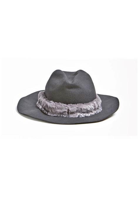 CAP GUESS | Hat | AW8539WOL01BLA