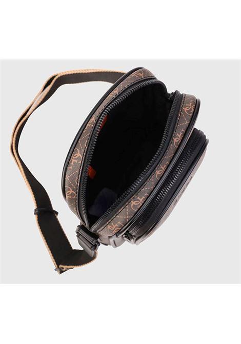 VEZZOLA TOP ZIP CROS GUESS | Handbag | HMVEZZP0426BRO