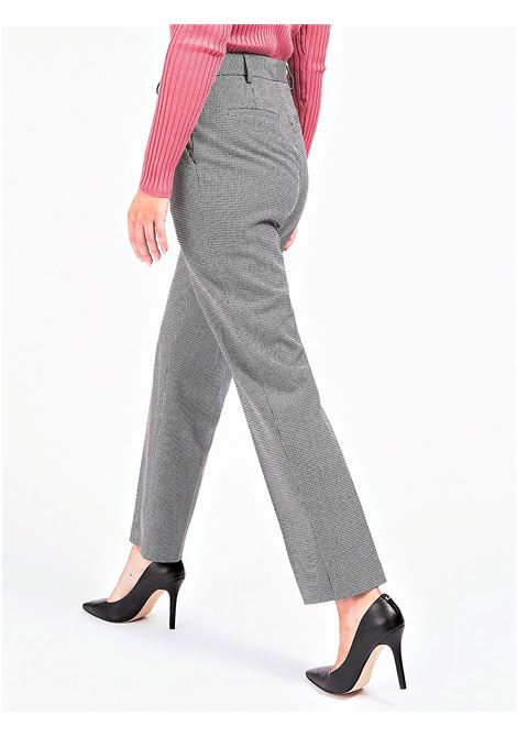 GUESS | Trousers | W0BB78WAOH0FN90