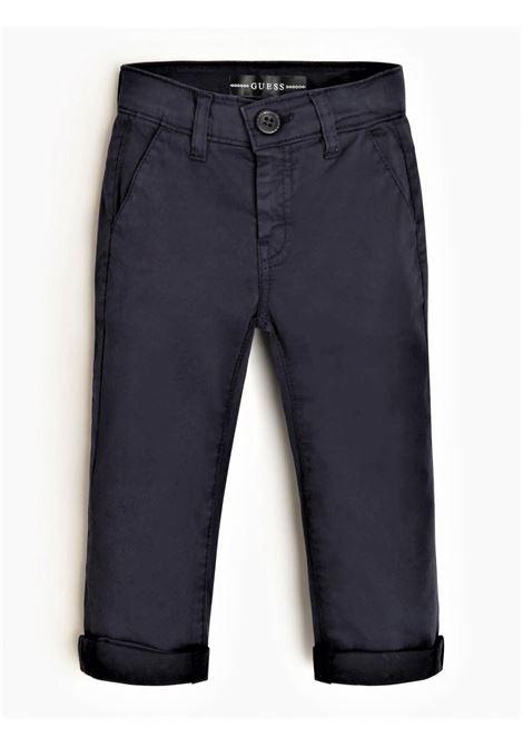 SATIN SLIM CHINO PANT GUESS | Pantaloni | N1RB06WD3T0DEKB