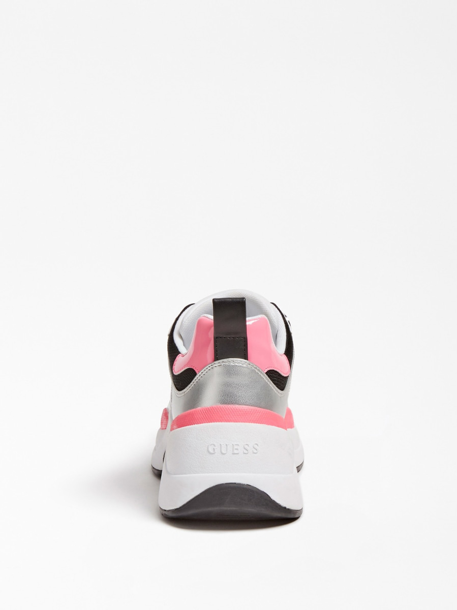 GUESS FOOTWEAR      FL7JUS FAB12WHIPI
