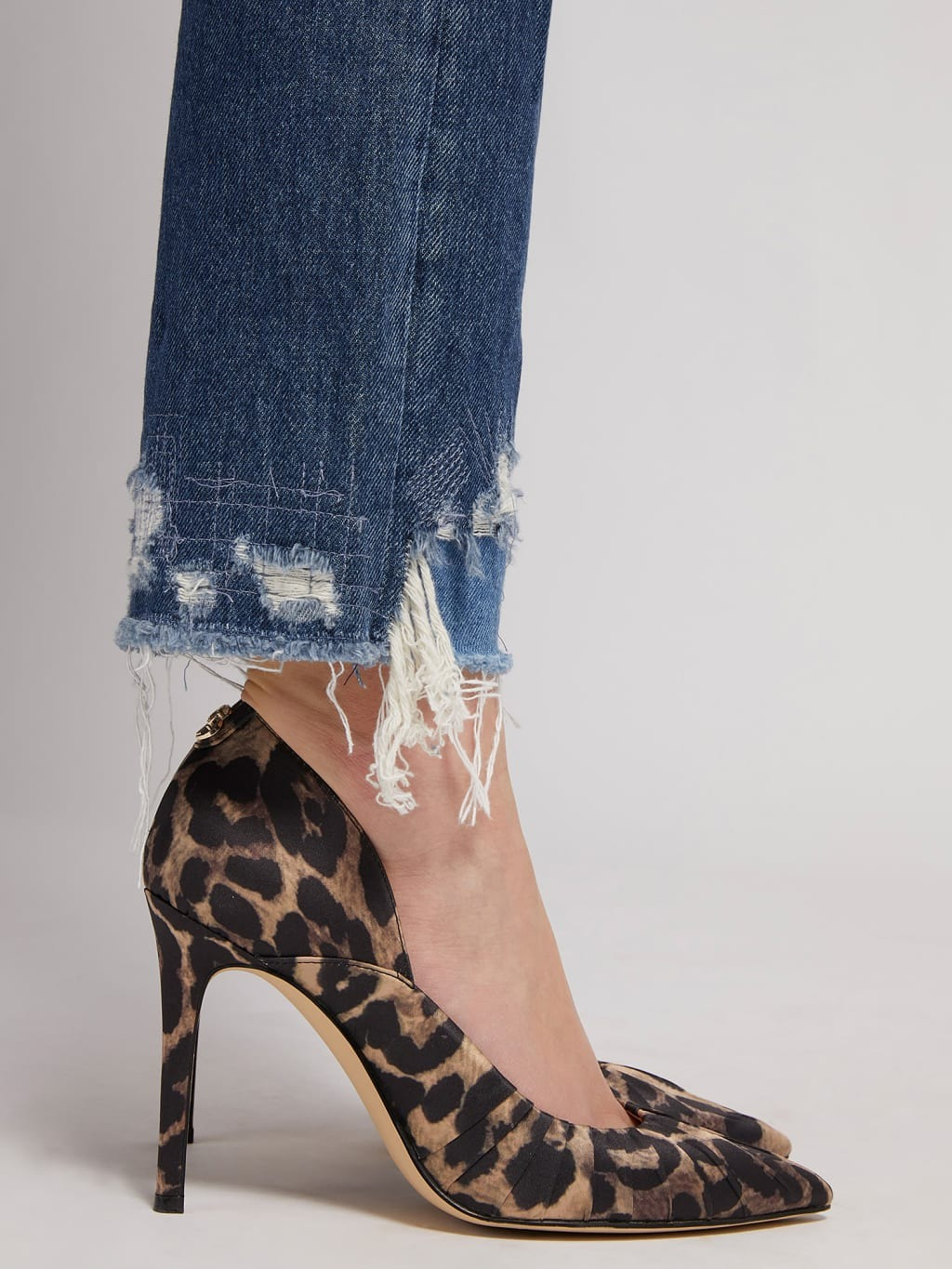 Jeans relaxed abrasioni GUESS | Jeans | W1BA16 D3Y0NGETR