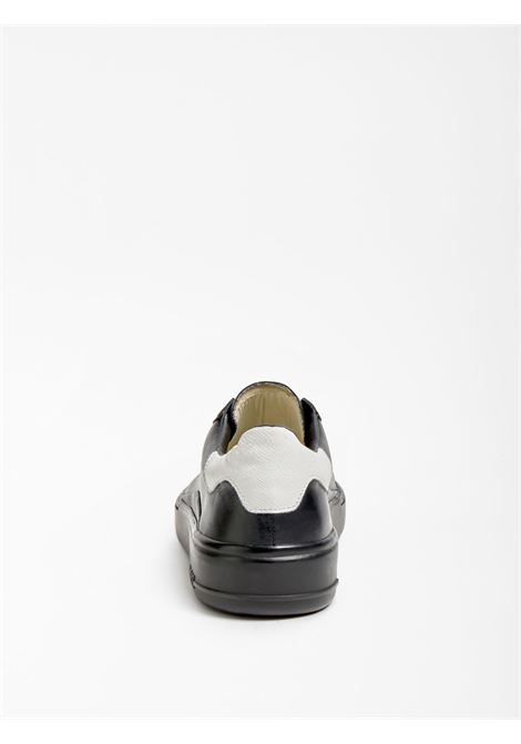 SNEAKER VERONA VERA PELLE GUESS FOOTWEAR | Scarpe | FM8VER LEA12BLACK