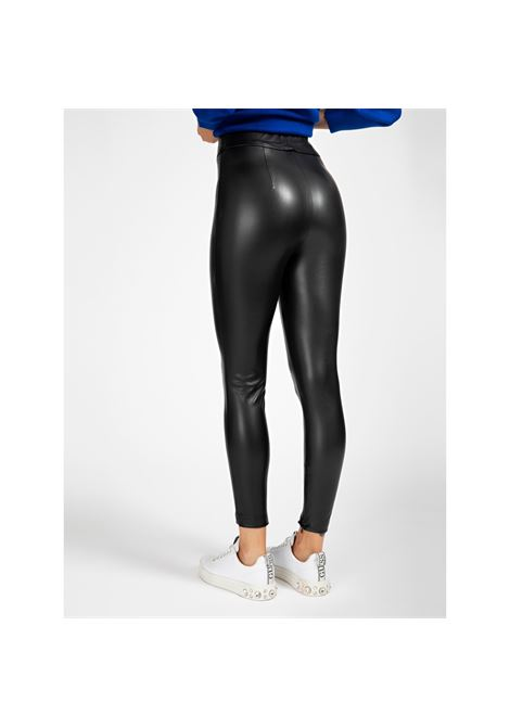 LEGGING SIMIL PELLE SUPER SLIM GUESS | Pantalone | W0BB71 WBG60JBLK