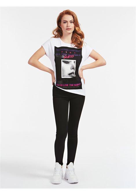 T-SHIRT LOGO FRONTALE GUESS | T-shirt | W0YI90 K68D0TWHT