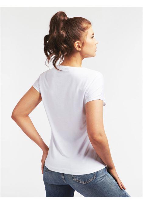 T-SHIRT LOGO FRONTALE PAILLETTES GUESS | T-shirt | W0YI95 K68D0TWHT