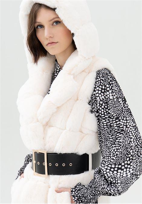 Gilet regular in eco pelliccia FRACOMINA   Giubbini   FR21WC4006O41201109 CREAM BLACK