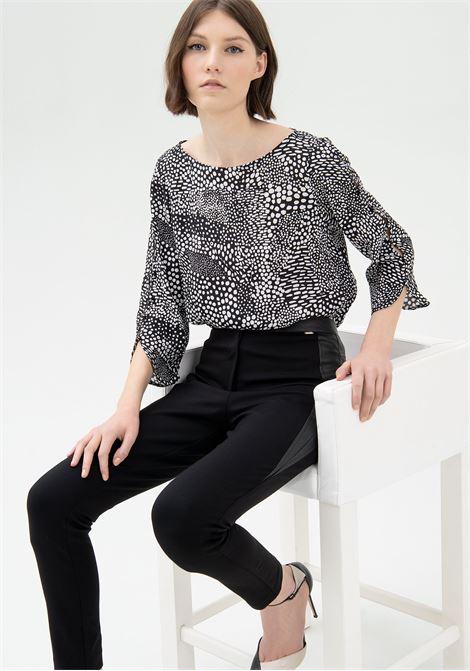 Pantalone skinny con inserti in eco pelle FRACOMINA | Pantalone | FR21WV7006W41701053 BLACK
