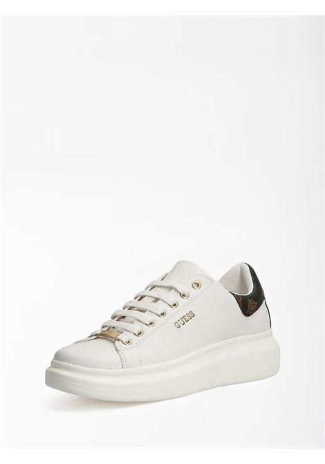 Sneaker salerno vera pelle logo GUESS FOOTWEAR | Sneakers | FL7SAL FAL12WHIBR