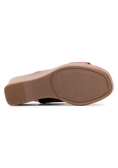 SANDALO NOLITA STAMPA COCCO GUESS FOOTWEAR | Scarpe | FL6NOL PEL04COGNA