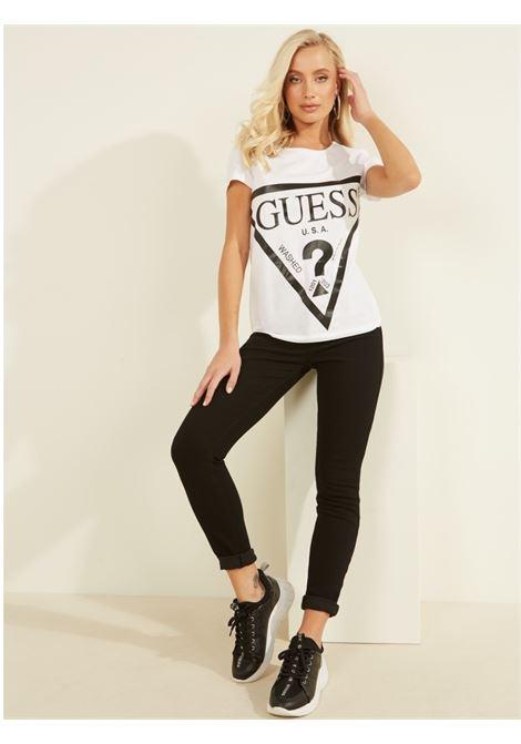T-SHIRT LOGO FRONTALE GUESS ACTIWEAR | T-shirt | O1GA56 JA911TWHT