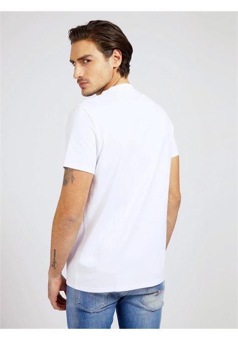 T-SHIRT TRIANGOLO LOGO GUESS | T-shirt | M1RI72 K8FQ1TWHT