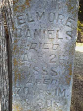 DANIELS, ELMORE (CLOSE UP) - Bourbon County, Kansas   ELMORE (CLOSE UP) DANIELS - Kansas Gravestone Photos
