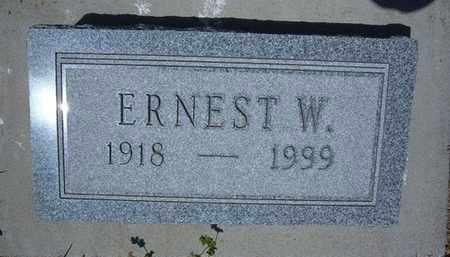 "MANN, ERNEST W  ""ERNIE"" - Grant County, Kansas   ERNEST W  ""ERNIE"" MANN - Kansas Gravestone Photos"