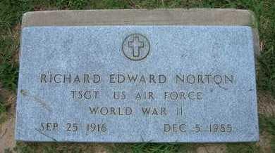 NORTON, RICHARD EDWARD   (VETERAN WWII) - Grant County, Kansas | RICHARD EDWARD   (VETERAN WWII) NORTON - Kansas Gravestone Photos