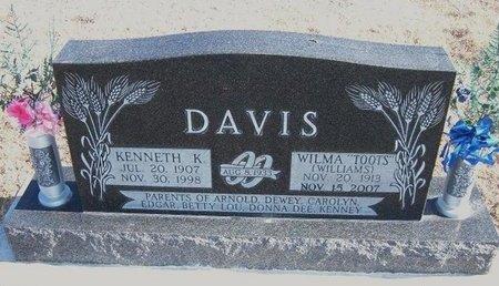"DAVIS, WILMA ""TOOTS"" - Kearny County, Kansas | WILMA ""TOOTS"" DAVIS - Kansas Gravestone Photos"