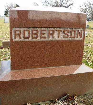 ROBERTSON, FAMILY MONUMENT - Shawnee County, Kansas | FAMILY MONUMENT ROBERTSON - Kansas Gravestone Photos