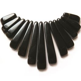 Black Stone Tapered Gemstone Bead Set with 13 Pieces