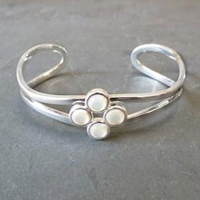Mother Of Pearl Wave Bracelet