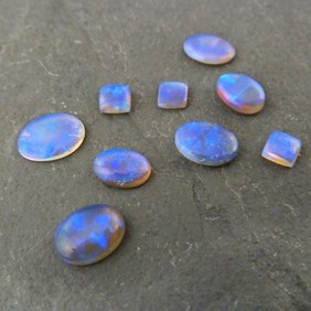 Lightning Ridge Crystal Opal Cabochons, Approx 7x5mm