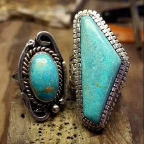 h140-untreated-natural-burtis-blue-turquoise-cabochon-ring-kernowcraft.jpg