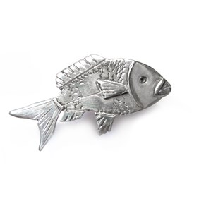 Creating Overlay and textures on metal - fish brooch example