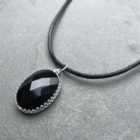 Black Agate Checker Cut Choker