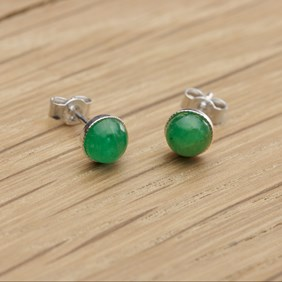 emerald may birthstone earrings project