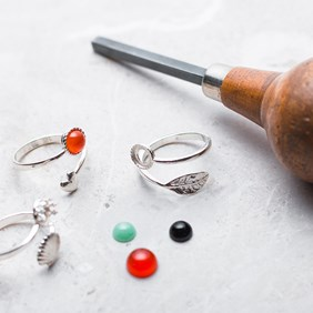 Enjoy A Free Cabochon With Your Ring Setting!