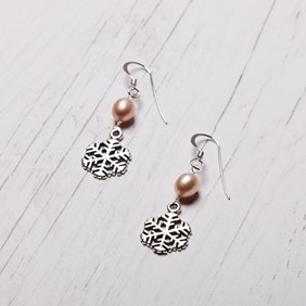 Snowflake & Pearl Earrings