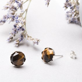 Tiger's Eye Earstuds