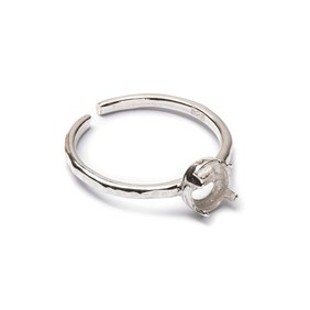 Sterling Silver Adjustable Textured Ring with Decorative Claw For 5mm Round Cabochon