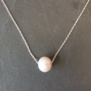 how to make this pearl necklace