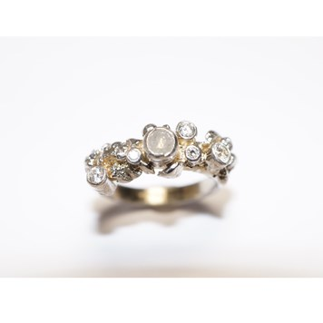 White Diamond Ring By Laure Filho