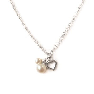 how to make this pearl and heart necklace