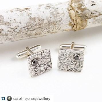 caroljonesjewellery_cufflinks.jpg