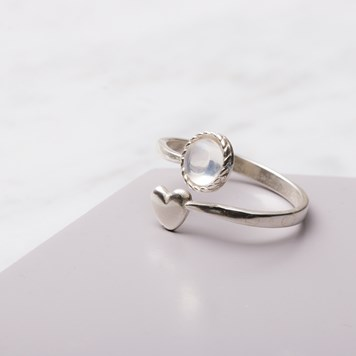 heart moonstone ring