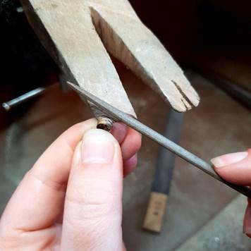 how to make bezel set cabochon ring