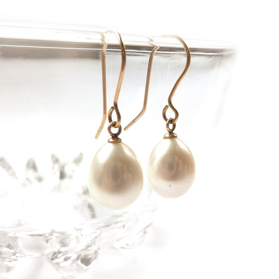 Classic 9ct Gold Pearl Drop Earrings