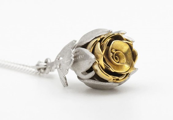 Victoria-Walker-Rose-Necklace