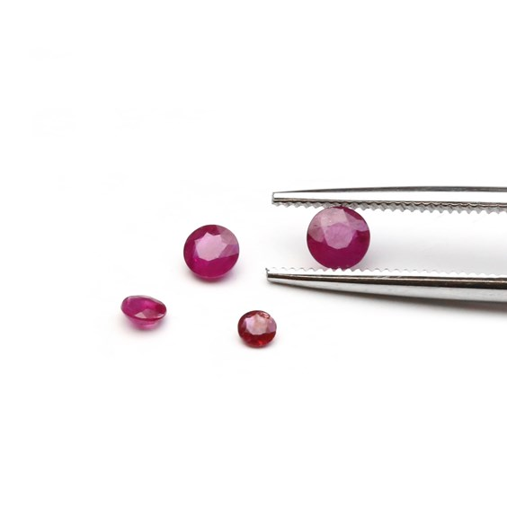 Ruby Faceted Stones From Kernowcraft - Size Example With Tweezer