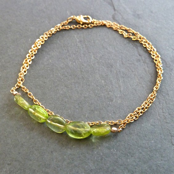 gold and peridot 1st anniversary jewellery project