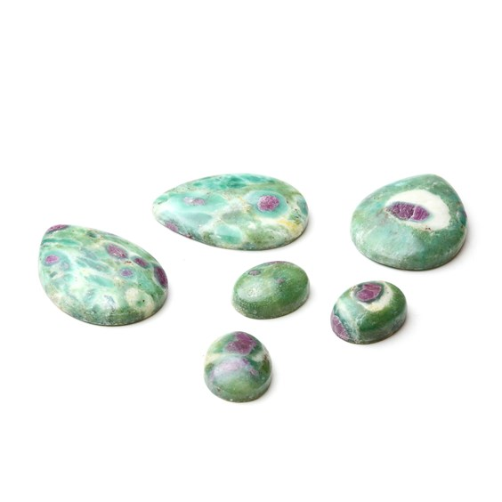 Ruby with Fuchsite Cabochons, 16x12mm Oval