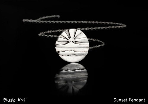Shelia Ker sunset pendant