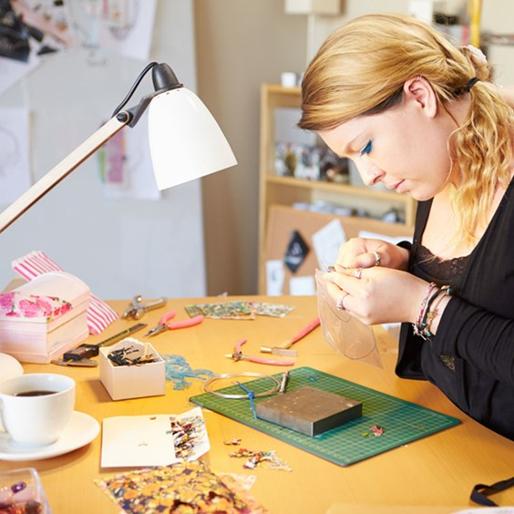 mental health jewellery making