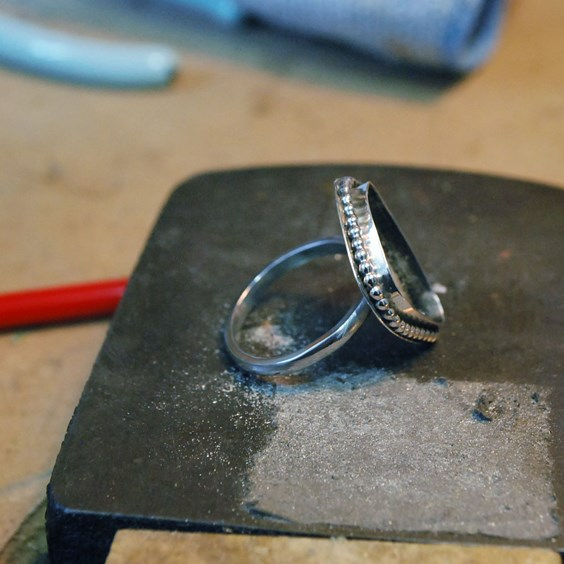 how to make ring setting