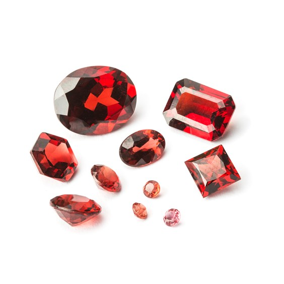 mozambique garnet faceted gemstones