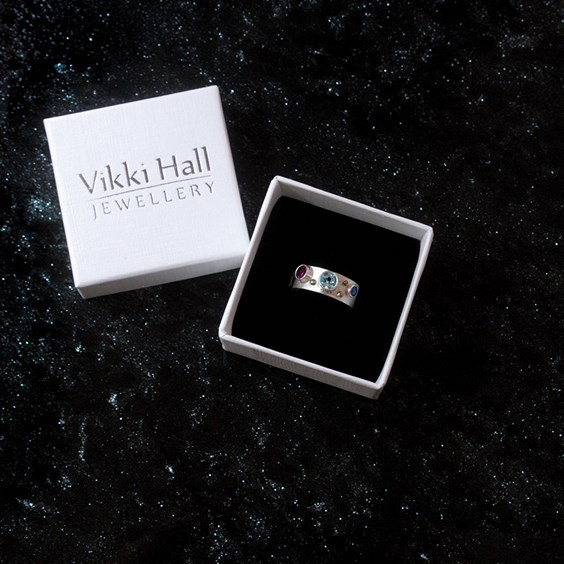 vikki hall galaxy jewellery