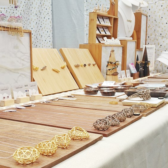 how to do a jewellers craft stall